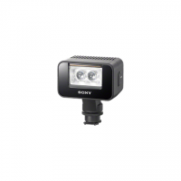 Sony Light up to 1500 lux with the powerful LED lightCapture video in total darkness up to 7 meters awayShoot up to 20m at night with SuperNightShot®2AA batteries make it convenient and simple to recharge